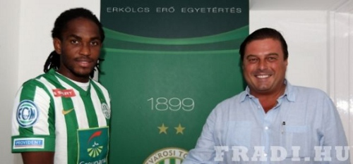 Photo: Akeem Adams (left) officially joined Ferencvarosi on 7 August 2013. (Courtesy www.fradi.hu)
