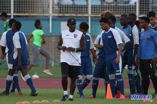 Photo: Trinidad and Tobago National Under-17 Team head coach Russell Latapy (centre) supervises a training session. At his right are Mark Ramdeen and Kishon Hackshaw while Emmanuel John is on the far right. (Courtesy Chevaughn Christopher/Wired868)