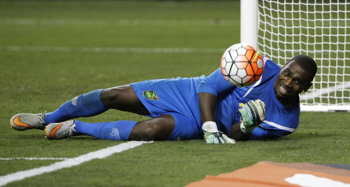 Photo: Jamaican goalkeeper Ryan Thompson grimaces after making a save for the Pittsburgh Riverhounds. Thompson will represent Central FC at the 2017 Caribbean Club Championships. (Copyright AP)