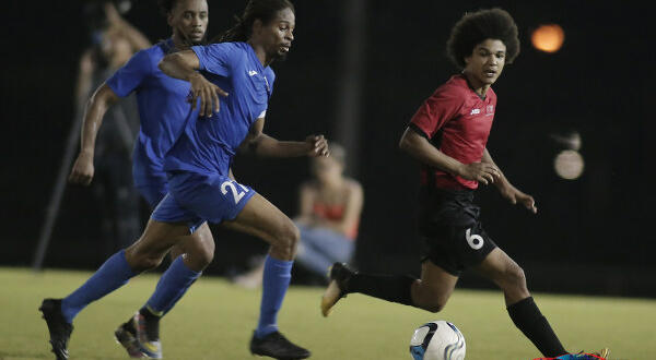 UTT school San F'do Giants in 7-0 drubbing, Division Two leadership up for grabs