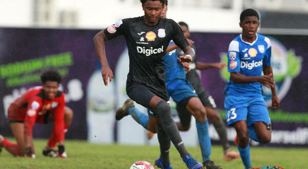 SSFL: Shippley sinks Malick with stoppage-time winner for 'Naps' in Trincity