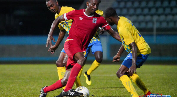 Ollivierra notches double as Defence Force hold off Cunupia to extend Pro League lead