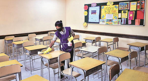 MoE, TTUTA clash over school for vaccinated students; Gov't wants more, union wants less