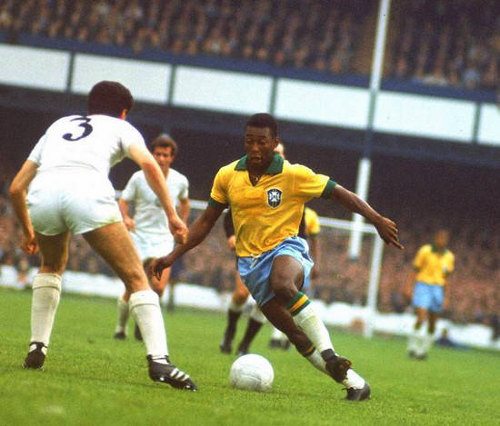 Photo: Brazil legend Pelé (right) is considered incomparable by many football purists.