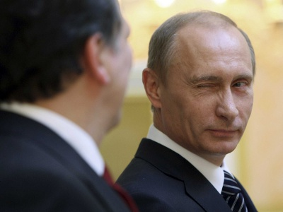 Photo: Can I Put-in my life in your hands, Vladimir? (Courtesy Businessinsider.com)