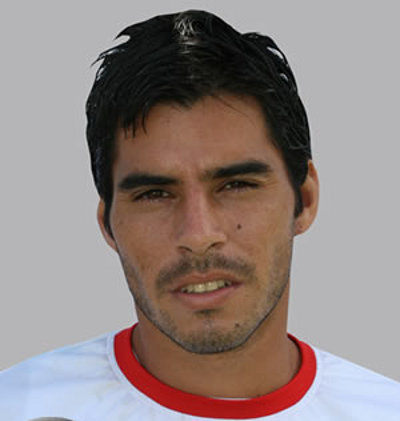 Photo: Comunicaciones attacker Paolo Suarez.