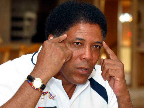 "Photo: Colombian Francisco Maturana, one of South America's most famous coaches, gave Akeem Adams his first senior international cap with the ""Soca Warriors"" in 2008. (Courtesy www.libero.pe)"