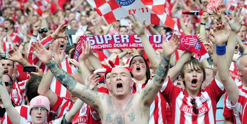 Photo: Stoke City supporters... Try reasoning to this lot!