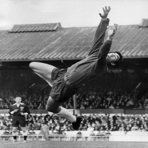 Photo: Legendary former England goalkeeper and World Cup winner Gordon Banks. (Copyright AFP 2014)