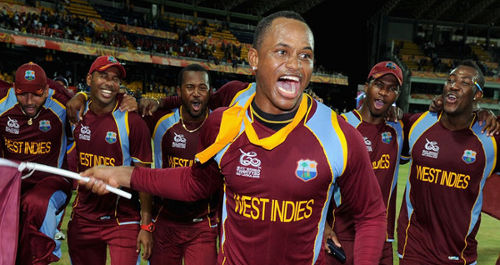 Photo: West Indies cricket star Marlon Samuels (centre).