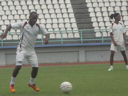 Photo: North East Stars utility player Kennedy Hinkson trains with his teammates. (Courtesy: Nadira Mathura/Wired868.)