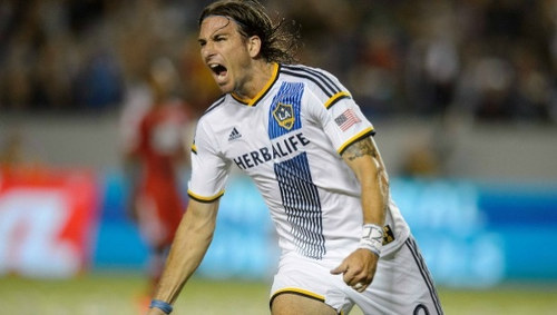 Photo: LA Galaxy and United States international forward Alan Gordon. (Copyright mlssoccer)