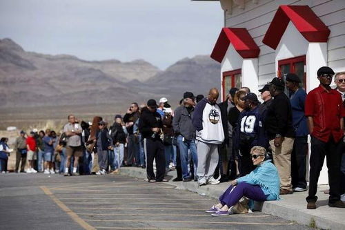 Photo: A lottery ticket line. Can you spot the winner? (Copyright Controlyourcash.com)
