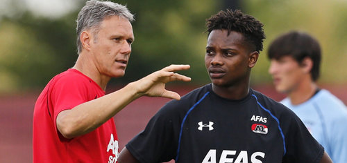 Photo: Former AZ manager and Netherlands legend Marco Van Basten (left) gives instructions to Trinidad and Tobago winger Levi Garcia. Van Basten left AZ in January 2016 to become assistant coach of the Netherlands national team. (Copyright AZ Media)