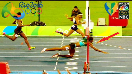 Photo: Goooooooold! Bahamas athlete Shaunae Miller (right) beats United States sprinter Allyson Felix with a diving header at the line to snatch the 400 metre crown in the Rio 2016 Olympic Games on 16 August 2016.