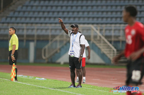 Photo: Trinidad and Tobago National Under-17 coach Russell Latapy (centre) shouts instructions at his players during 2017 Under-17 World Cup qualifying action in Couva on 17 September 2016. Haiti won 2-0. (Courtesy Chevaughn Christopher/Wired868)