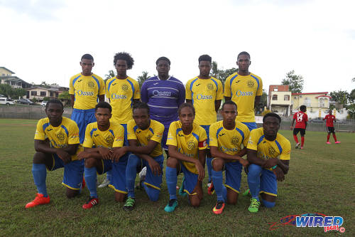 Photo: The Shiva Boys Hindu College team before kickoff against Pleasantville Secondary on 22 October 2016. (Courtesy Chevaughn Christopher/Wired868)