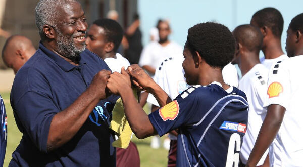 'Grosvenor had the gift of understanding the teenage spirit'; SSFL honours iconic coach