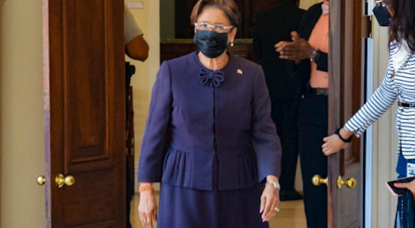 Dear Editor: Kamla's comments on 'civil unrest' are 'breathtakingly irresponsible'